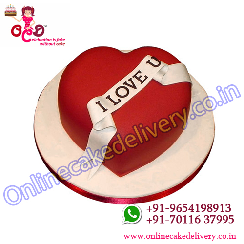 Red heart love you cake for valentine gifts